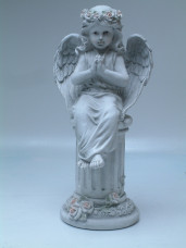 2132 - Small Praying Angel on Pedestal