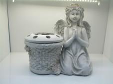 2134 - Kneeling Angel with Flower Pot