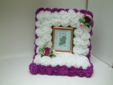 Wreath - Floral Picture Frame